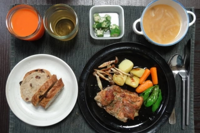 鶏モモ肉のワンプレートディナー
