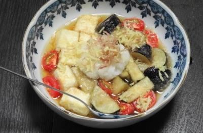 揚げ豆腐と夏野菜の煮浸し