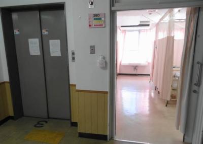 明るい病室
