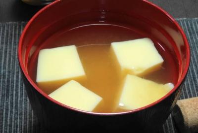 玉子豆腐の味噌汁
