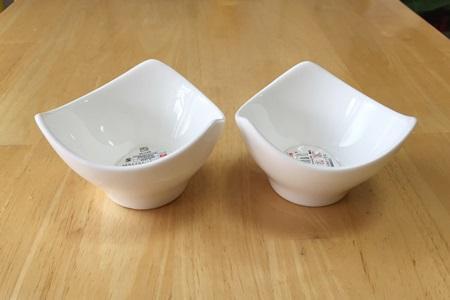 ダイソー白小鉢