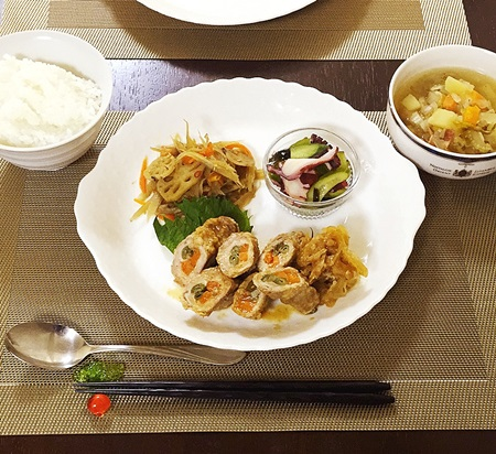 常備菜おうちごはん 肉巻き、きんぴら、酢ダコ、スープ