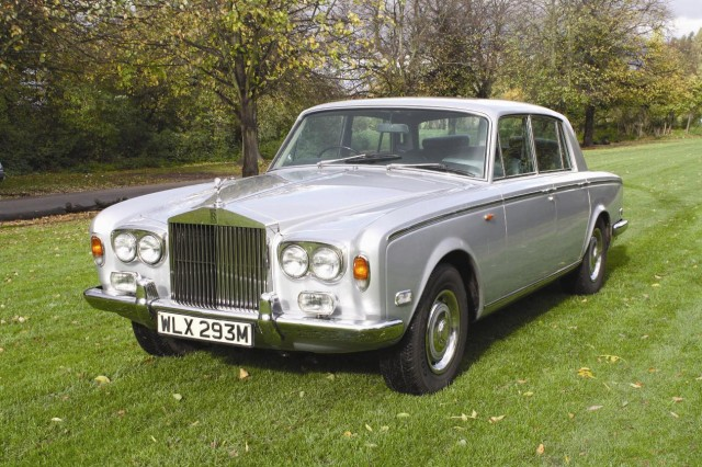 freddie-mercurys-1974-rolls-royce-silver-shadow--image-coys-auctions_100414501_m.jpg
