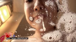 肉厚デカ舌美女・小峰みこ 降り注ぐ唾液の雨と濃密鼻フェラ