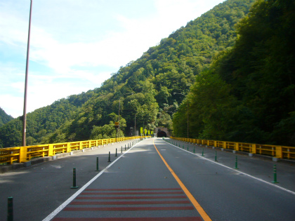雁坂トンネル06