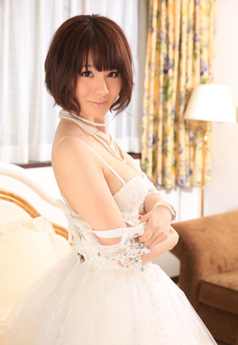 宮崎愛莉のグラビア写真