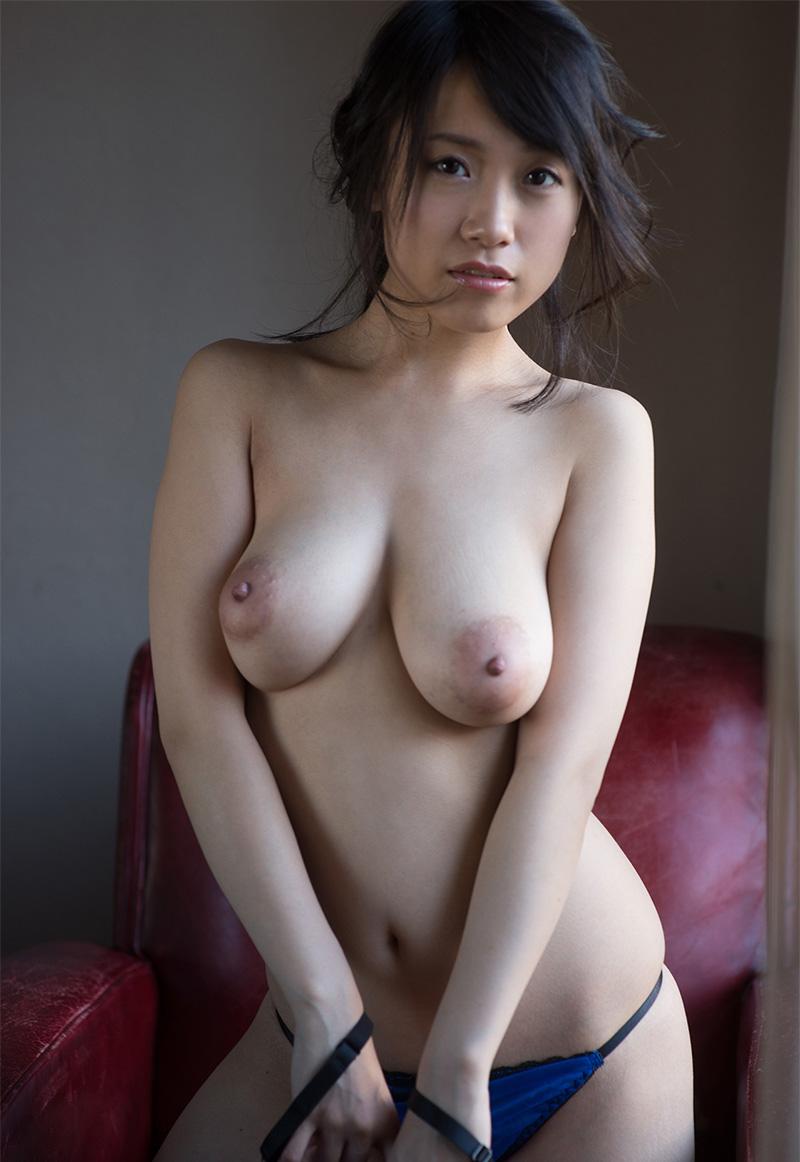 長瀬麻美のグラビア写真