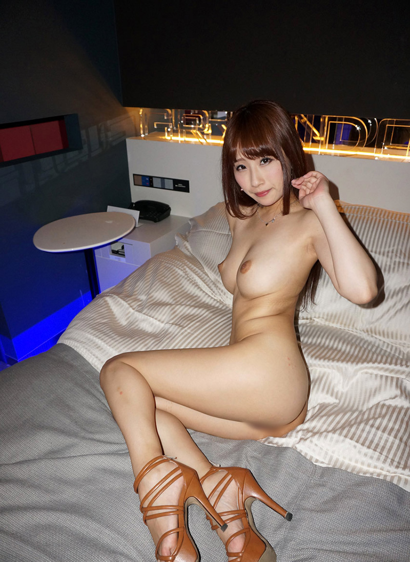 【No.24206】 Nude / 美咲結衣