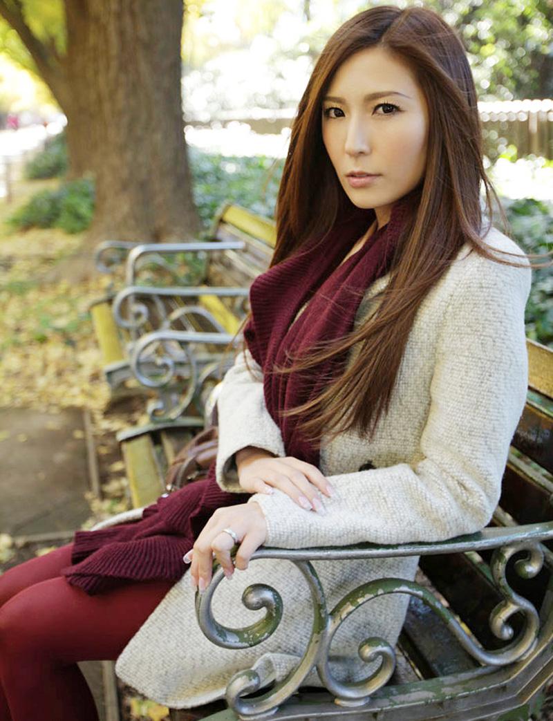 【No.24559】 綺麗なお姉さん / 椎名ゆな