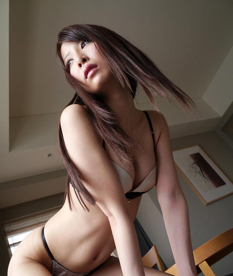【No.24657】 谷間 / 野村萌香