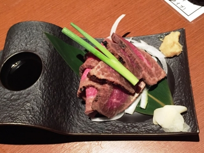 150809焼肉一丁お初天神店牛肉タタキ993円