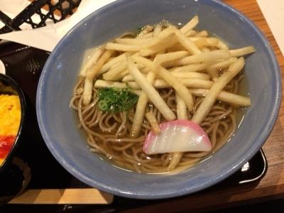 150907阪急そば若菜十三店ポテそば完成