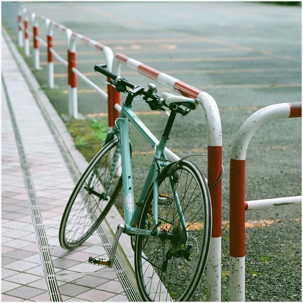 1-2--n-秋田2015-9-12-mamiya6-portra160-秋田駅前スナップ-10-g150-07470012_R