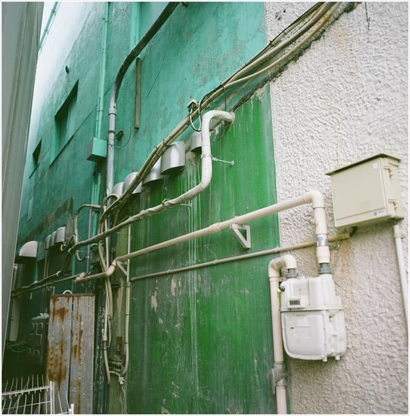 3-2-秋田2015-9-12-mamiya6-portra160-秋田駅前スナップ-14-g50-07470005_R