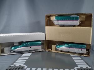 プラレール 新幹線変形ロボ シンカリオン 01 E5はやぶさ005