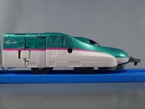 プラレール 新幹線変形ロボ シンカリオン 01 E5はやぶさ010