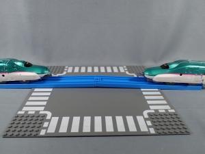 プラレール 新幹線変形ロボ シンカリオン 01 E5はやぶさ014