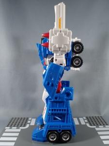 トランスフォーマー レジェンズ LG14 ウルトラマグナス ロボットモード009