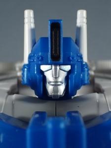 トランスフォーマー レジェンズ LG14 ウルトラマグナス ロボットモード010