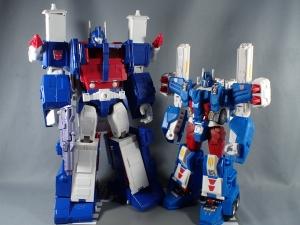 トランスフォーマー レジェンズ LG14 ウルトラマグナス ロボットモード012