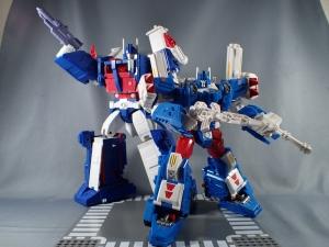 トランスフォーマー レジェンズ LG14 ウルトラマグナス ロボットモード014