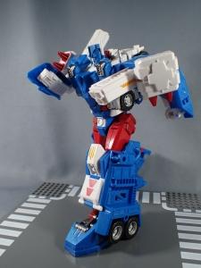 トランスフォーマー レジェンズ LG14 ウルトラマグナス ロボットモード021
