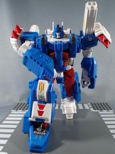 トランスフォーマー レジェンズ LG14 ウルトラマグナス ロボットモード025