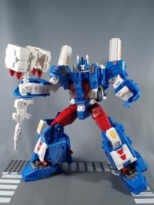 トランスフォーマー レジェンズ LG14 ウルトラマグナス ロボットモード038