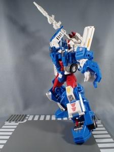 トランスフォーマー レジェンズ LG14 ウルトラマグナス ロボットモード040