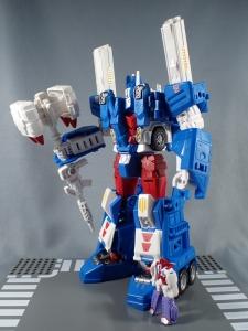 トランスフォーマー レジェンズ LG14 ウルトラマグナス ロボットモード042