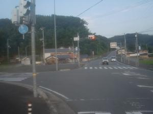 槻坂トンネル麓