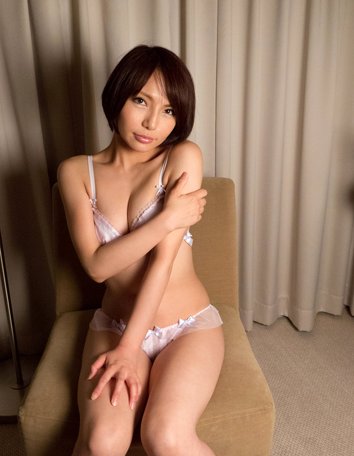 高梨あゆみ セックス画像 32