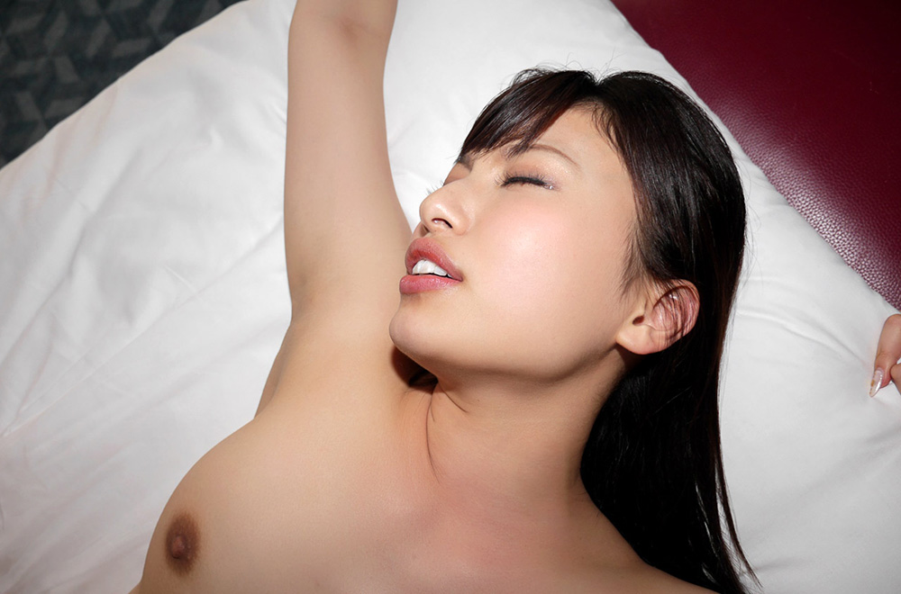 早川瑞希 セックス画像 64