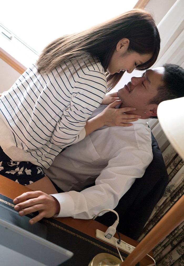 二宮ナナ セックス画像 3