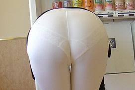 【透けパンエロ画像】素人お姉さんの下着透け過ぎてるので事実を伝えたいぐらいwww