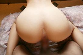 【後背位セックス画像】バックでハメてるカップル達をケツ穴丸見えアングルから観察するエロ画像