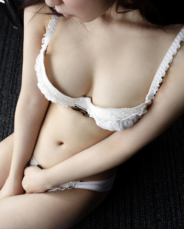 篠田ゆう セックス画像 19