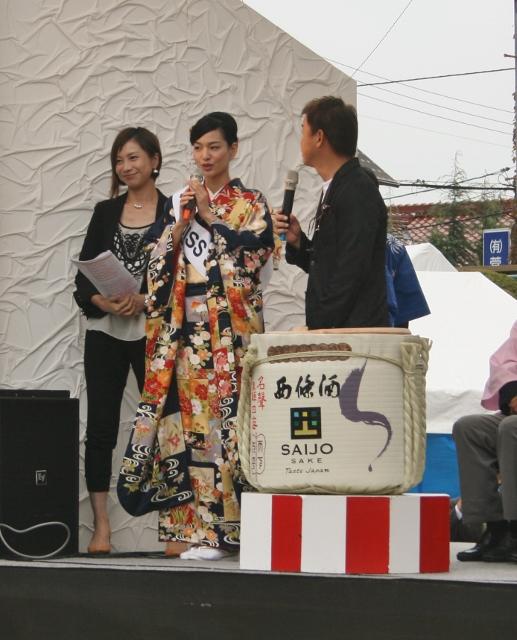IMG_9630 Miss sake小川佐智江さん(517x640)