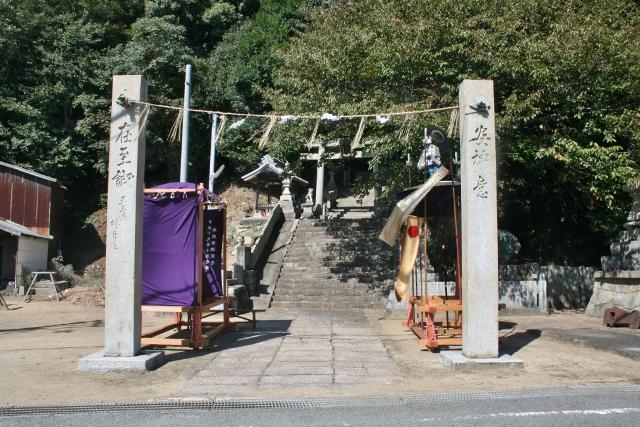 IMG_0014 栗井の神社(640x427)