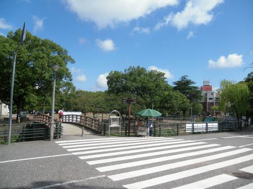 爆心地公園と長崎名物。