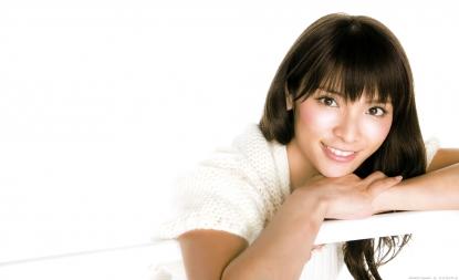 akimoto_sayaka_g011.jpg