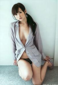 komastu_ayaka_g089.jpg