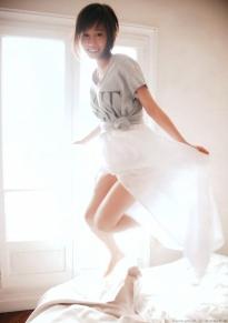 maeda_atsuko_g140.jpg