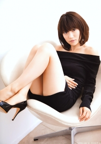 ohshima_yuko_g137.jpg