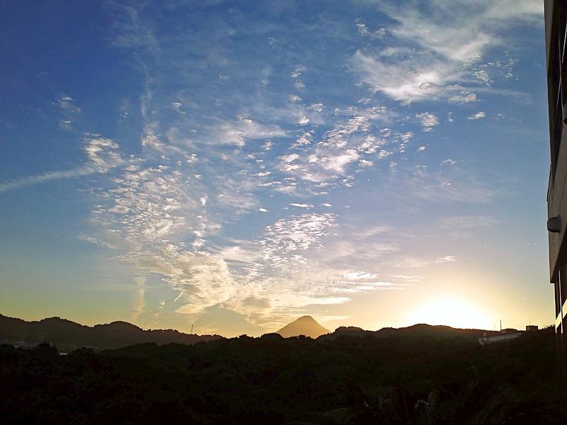 秋を雲の形で感じています