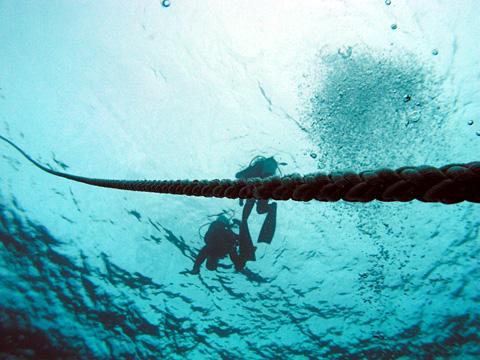 ロープ潜降
