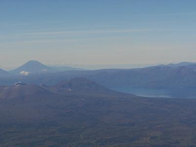 羊蹄山と支笏湖