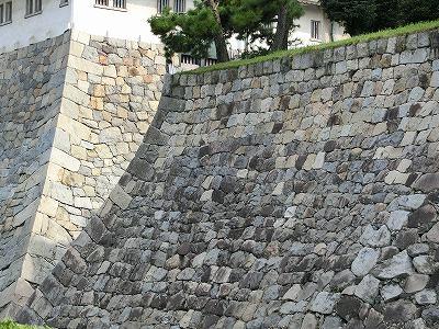 天主台の石垣