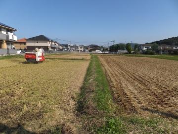 稲刈り終了27年2