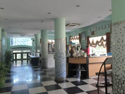 ミャンマー観光8 ホテル2br